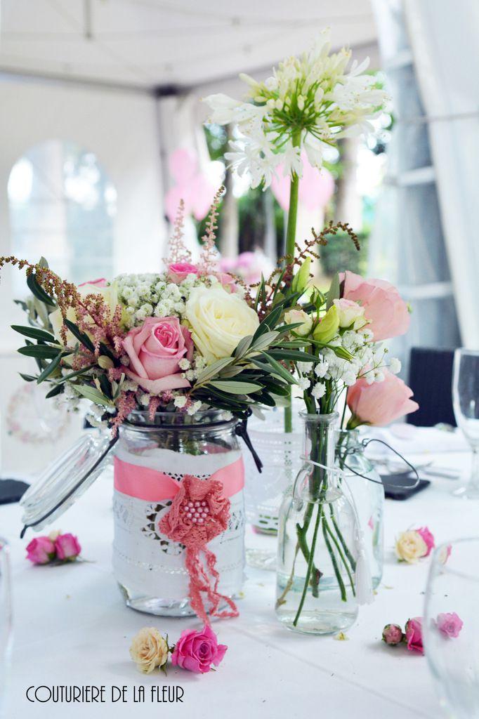 Décoration des tables au Mas Merlet, avec mes jolis Pots Le Parfait customisés avec de la dentelle et des rubans roses
