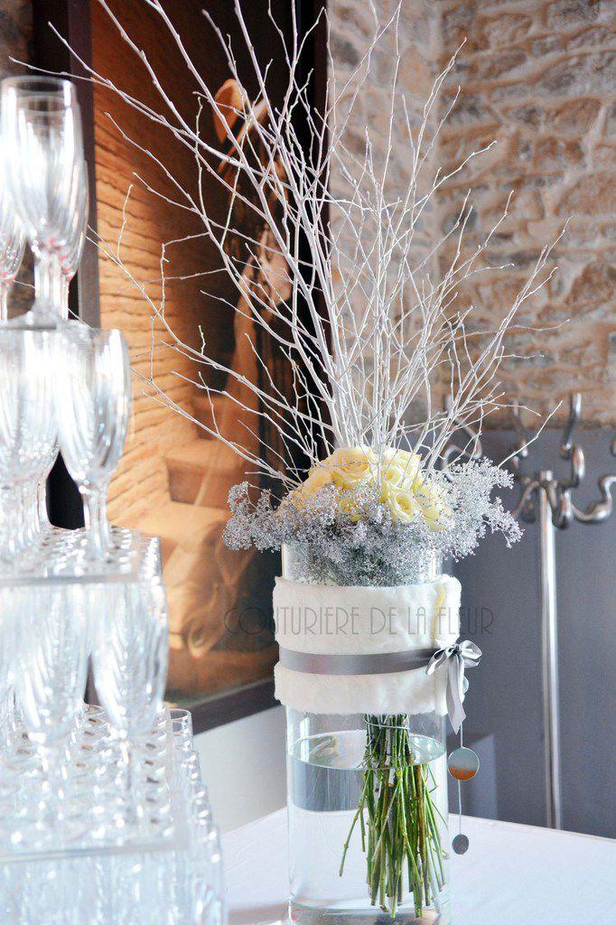 Vases Buffet avec branchages et polaire