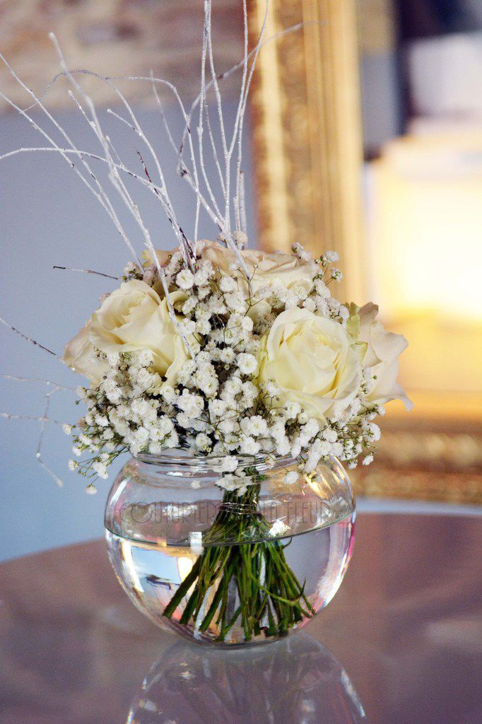 mariage d 39 hiver au mas merlet fleuriste mariage nimes. Black Bedroom Furniture Sets. Home Design Ideas