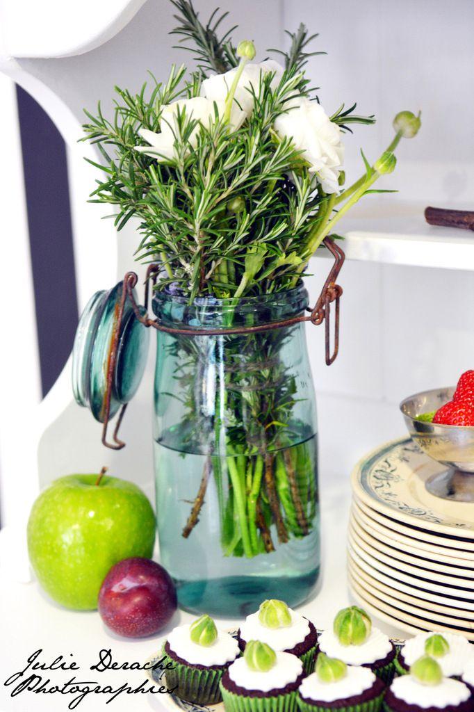 Sur le beau buffet blanc de Nina, scénographie naturelle, simple et gourmande !