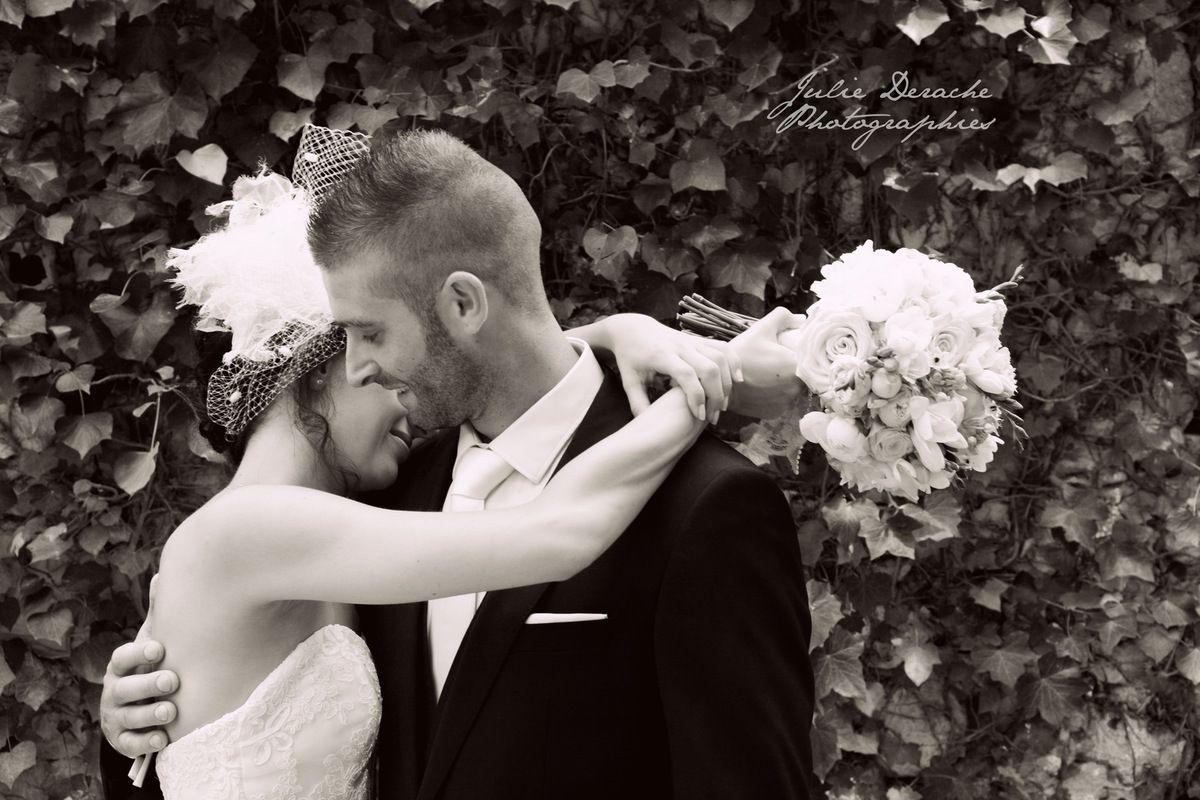 Mariage rétro au Château de Pouget | Photographe mariage Vérargues 1/2