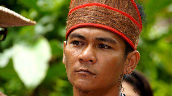 Ethnie Busun (Village de Mari Mari -Etat du Sabah) BORNEO