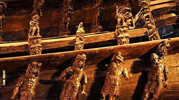 700 sculptures ornent le Vasa.