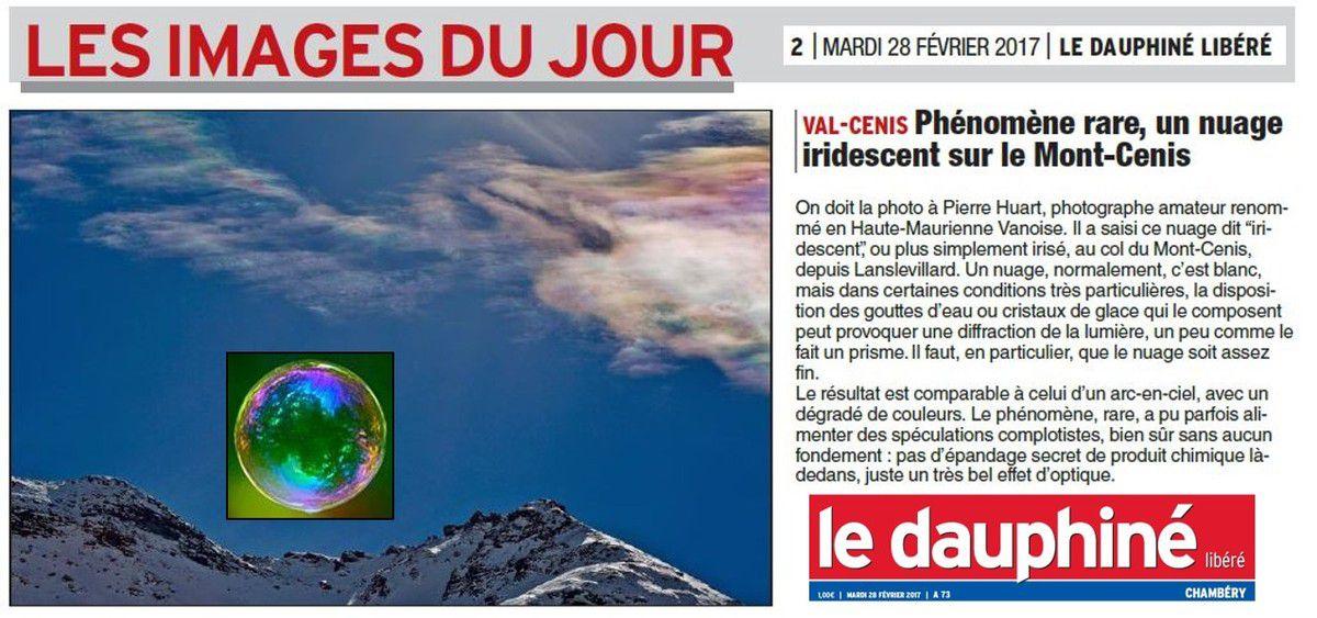 """« nuage dit """"iridescent"""" ou plus simplement irisé », article du Dauphiné Libéré Savoie du mardi 28 février 2017, monté avec « iridescence sur bulle de savon », photo de l'article Wikipédia correspondant"""