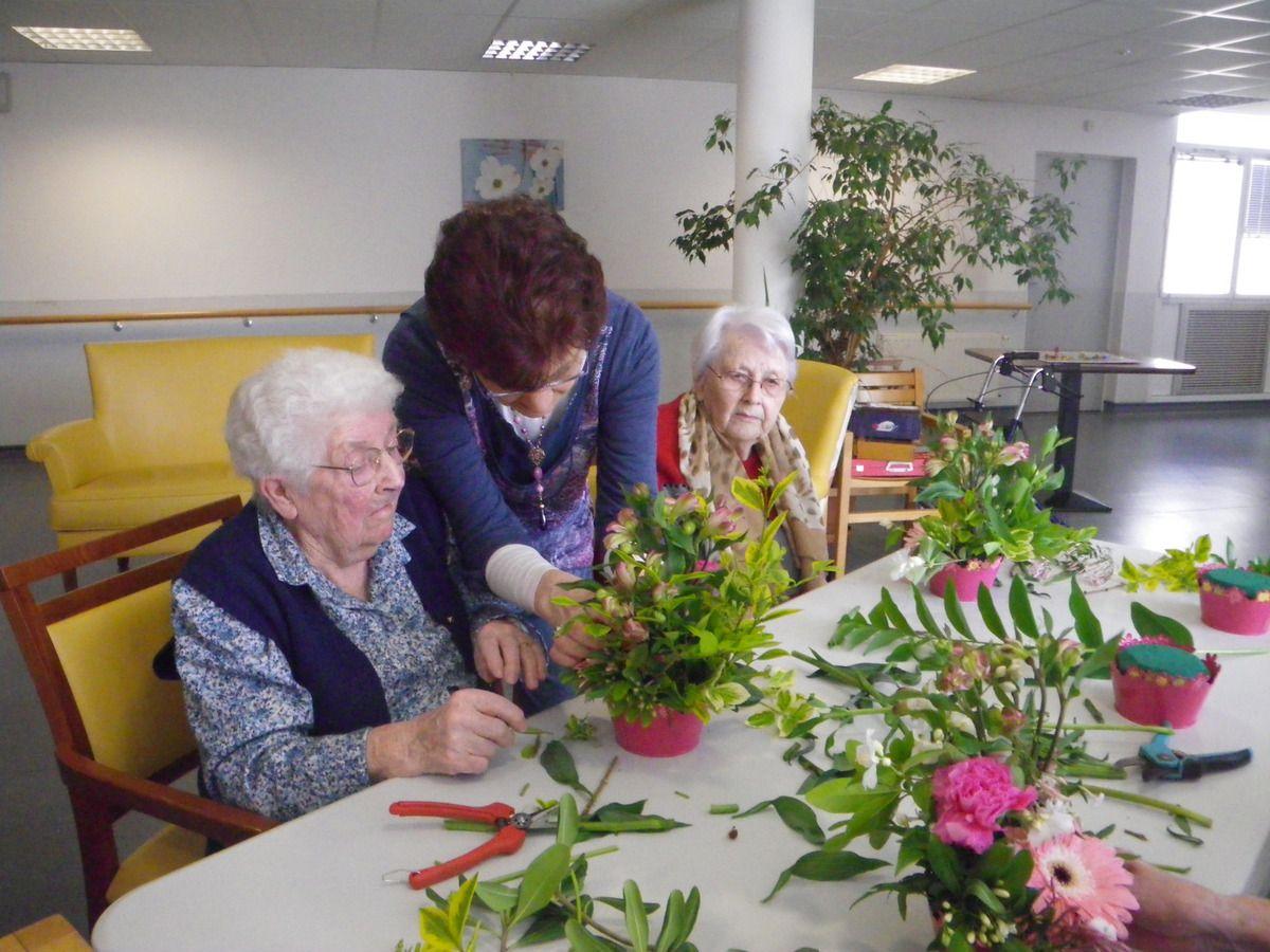 Mars - juin 2014 Ateliers Art floral
