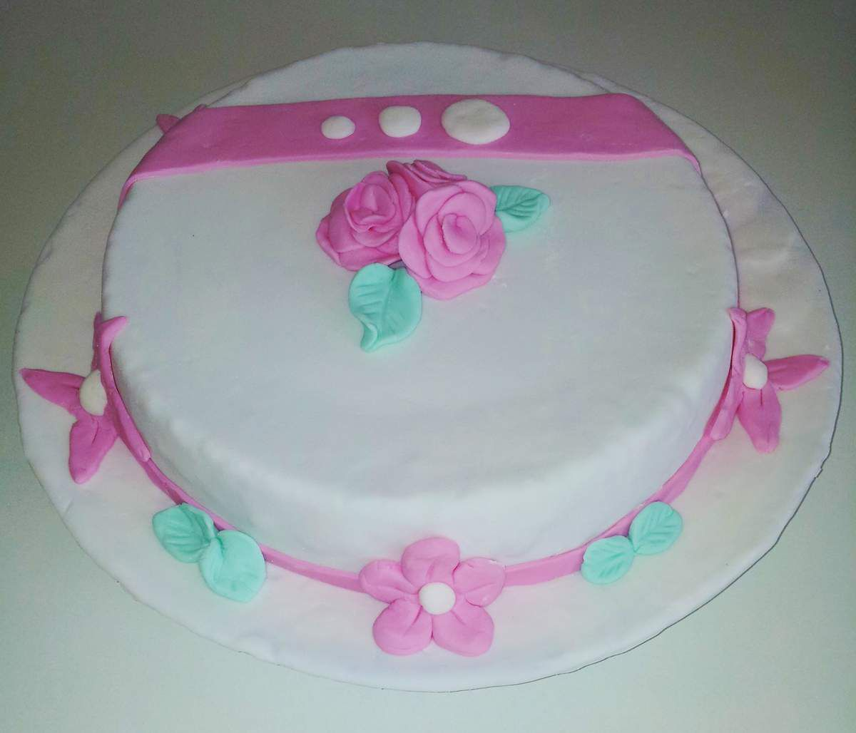 Idee decoration gateau anniversaire fille id es de for Decoration 1 an fille