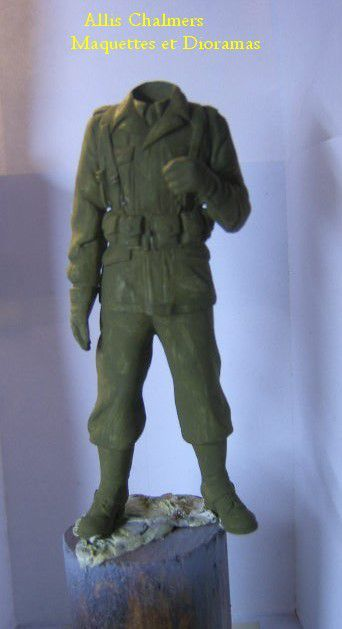 FIGURINE GI au BAZOOKA - 120mm -