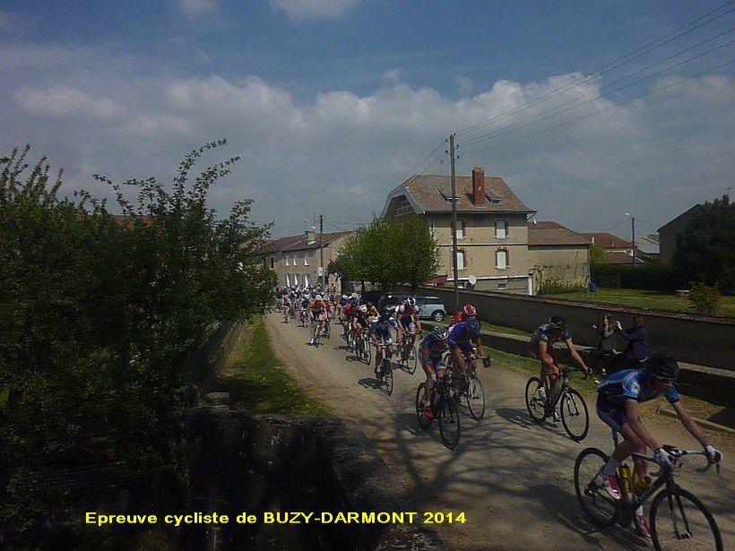 Quelques photos de  cette course en Meuse ou notre grand garcon été concurrent