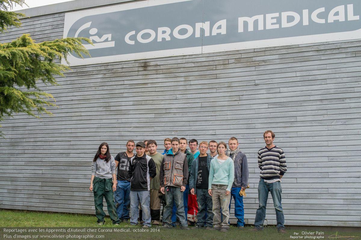 Reportage pour les Apprentis d'Auteuil, chez Corona Médical.