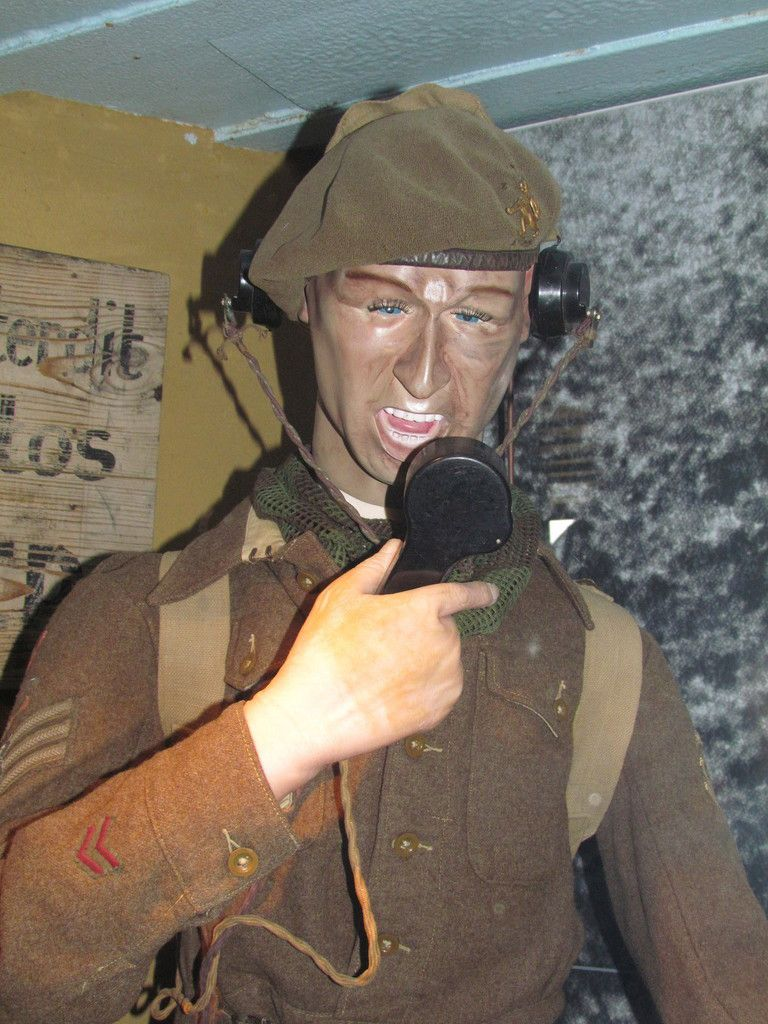 (c) Musée-Oh! - Découvrez le best off des mannequins moches ! Ils resteront anonymes &#x3B;-) Par contre saurez-vous reconnaître l'intrus puis Eisenhower ?