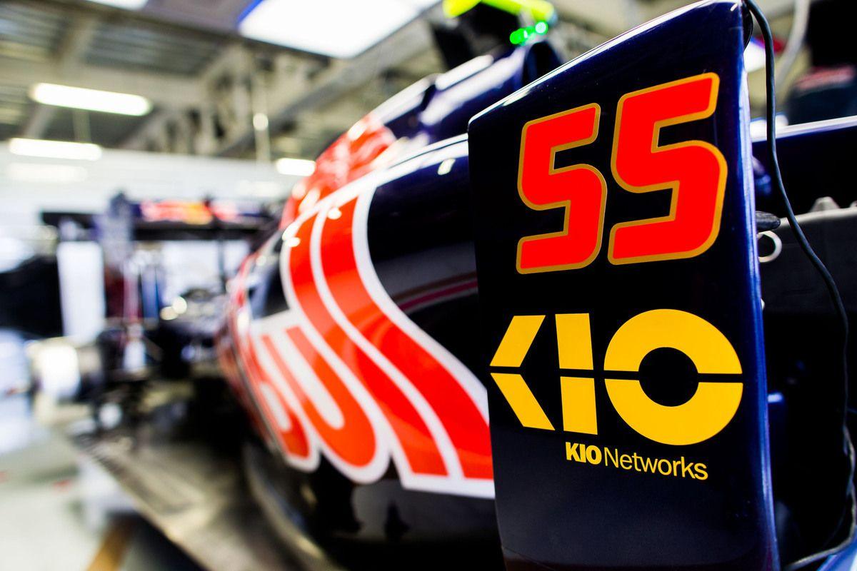 Getty Images/Red Bull  KIO Networks est visible à la fois sur les flancs et le museau des Toro Rosso à Mexico