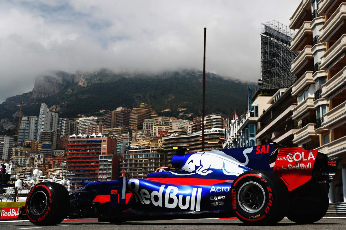 Getty Images / Red Bull Content Pool - Carlos Sainz très à l'aise dans les rues de Monaco