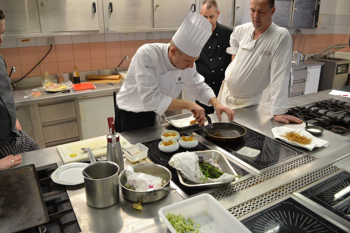La cuisine entre terroir et innovation restaurant le for Mousseline en cuisine