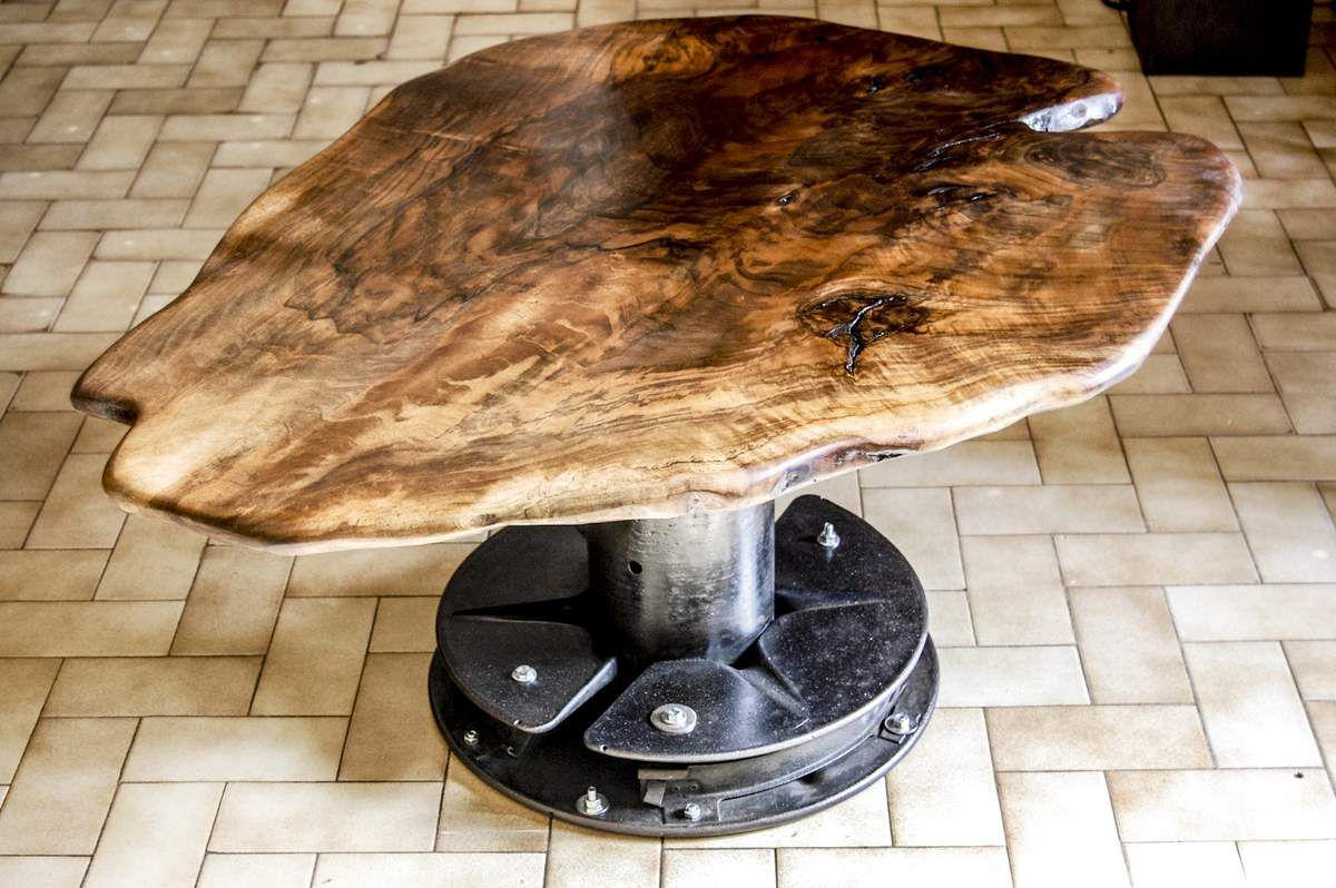 "Table basse ""Industriel Noyer"""