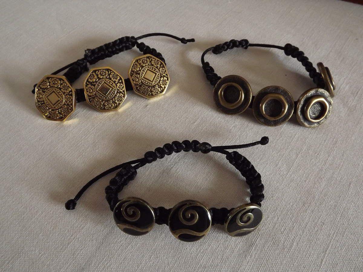 des bracelets.....