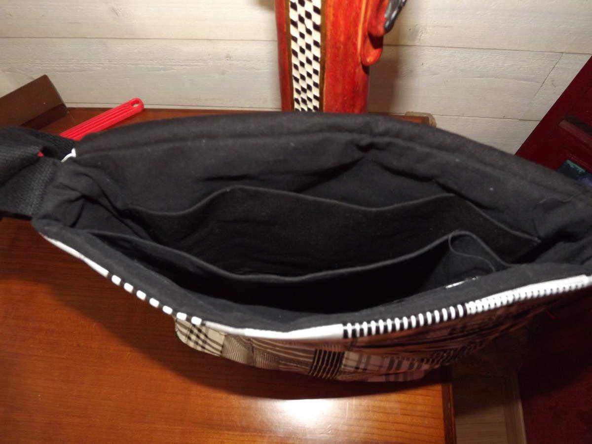 sac matelassé noir et blanc