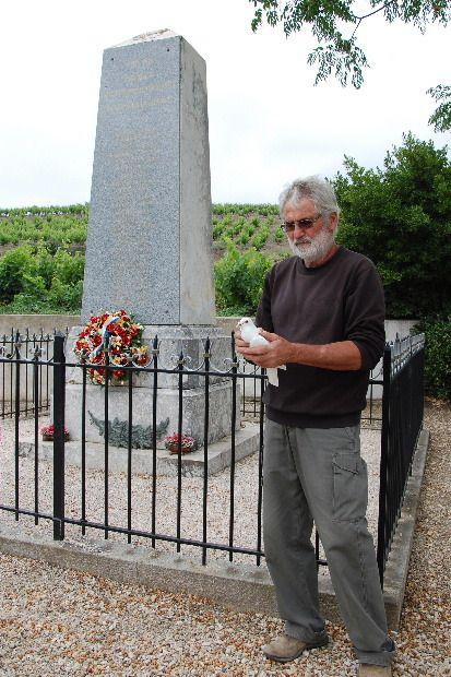 La colombe de la paix va être lâchée par Robert Normand