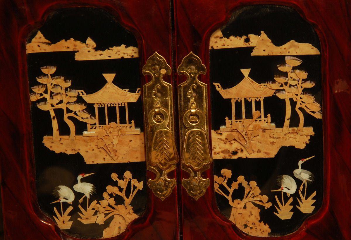 Que ce motif est beau art chinois.