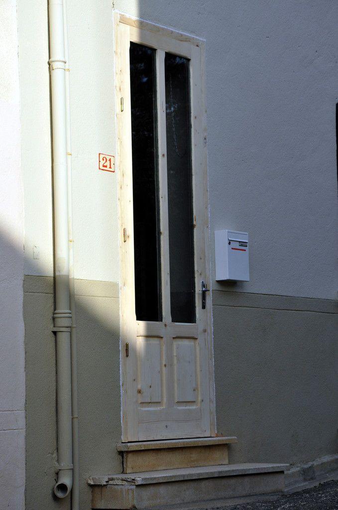 Voici la porte.