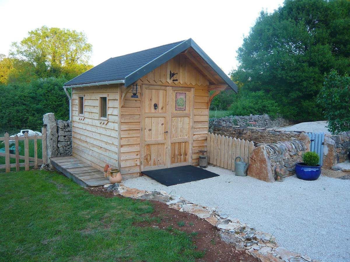 Faire un portail en bois simple 2 2 blog de travaux et for Fabriquer un portail de jardin en bois