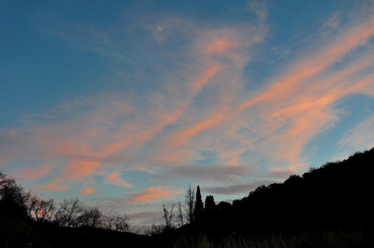 Avec Montner, en petit on a aussi le Canigou, et partout on a le beau paysage autour de Montner.