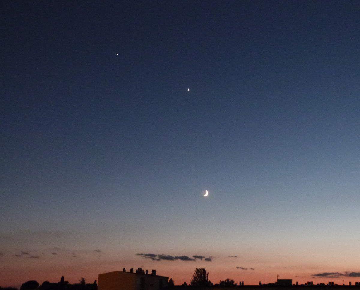 Photo de la Lune, Vénus et Jupiter ce soir vers 22h30