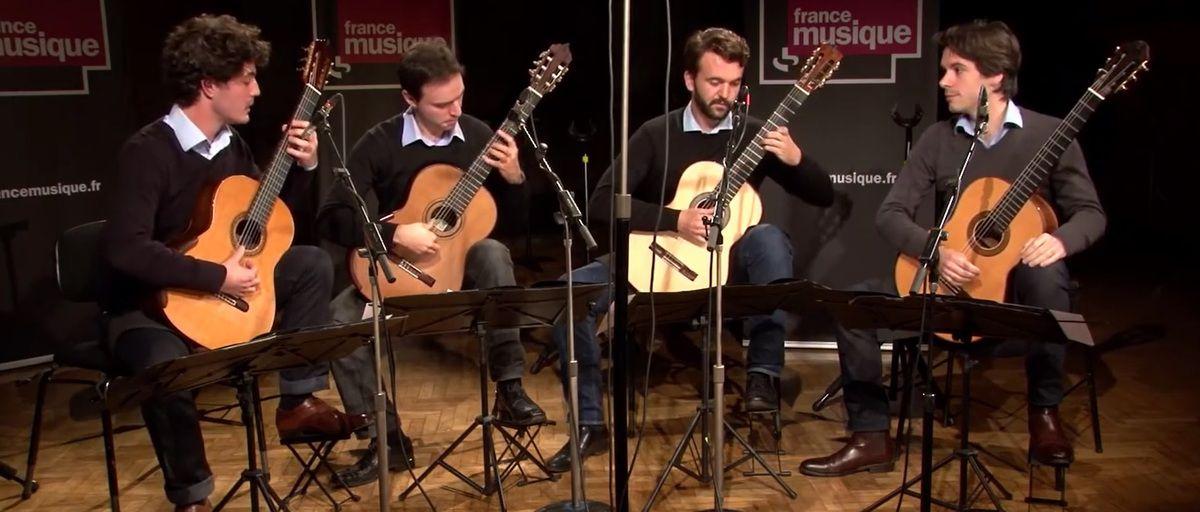 """""""CLIC"""" pour voir le Quatuor Eclisses jouer la danse macabre.de Saint Saëns"""