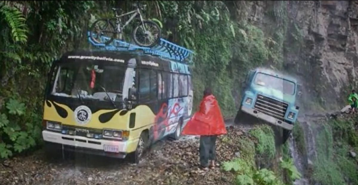 """""""CLIC"""" pour voir la route dite de de la mort en Bolivie"""