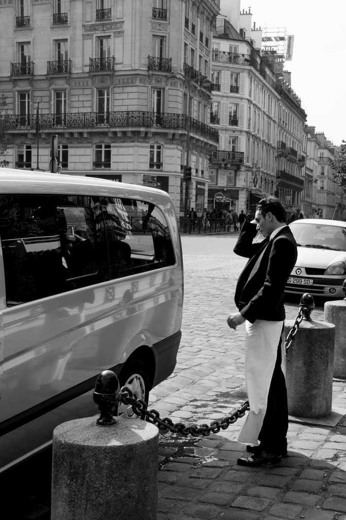 Street shooting, St-Germain