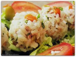 Boulettes de riz aux crevettes et aux cacahuètes