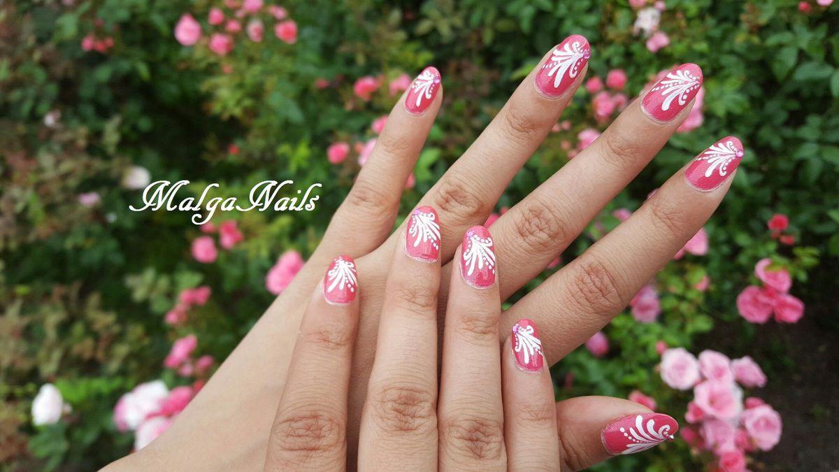 Nail art rose d'été