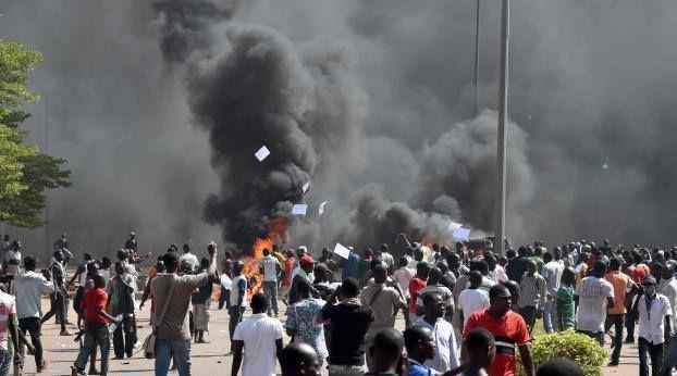 Quelques images de la revolution Burkinabè