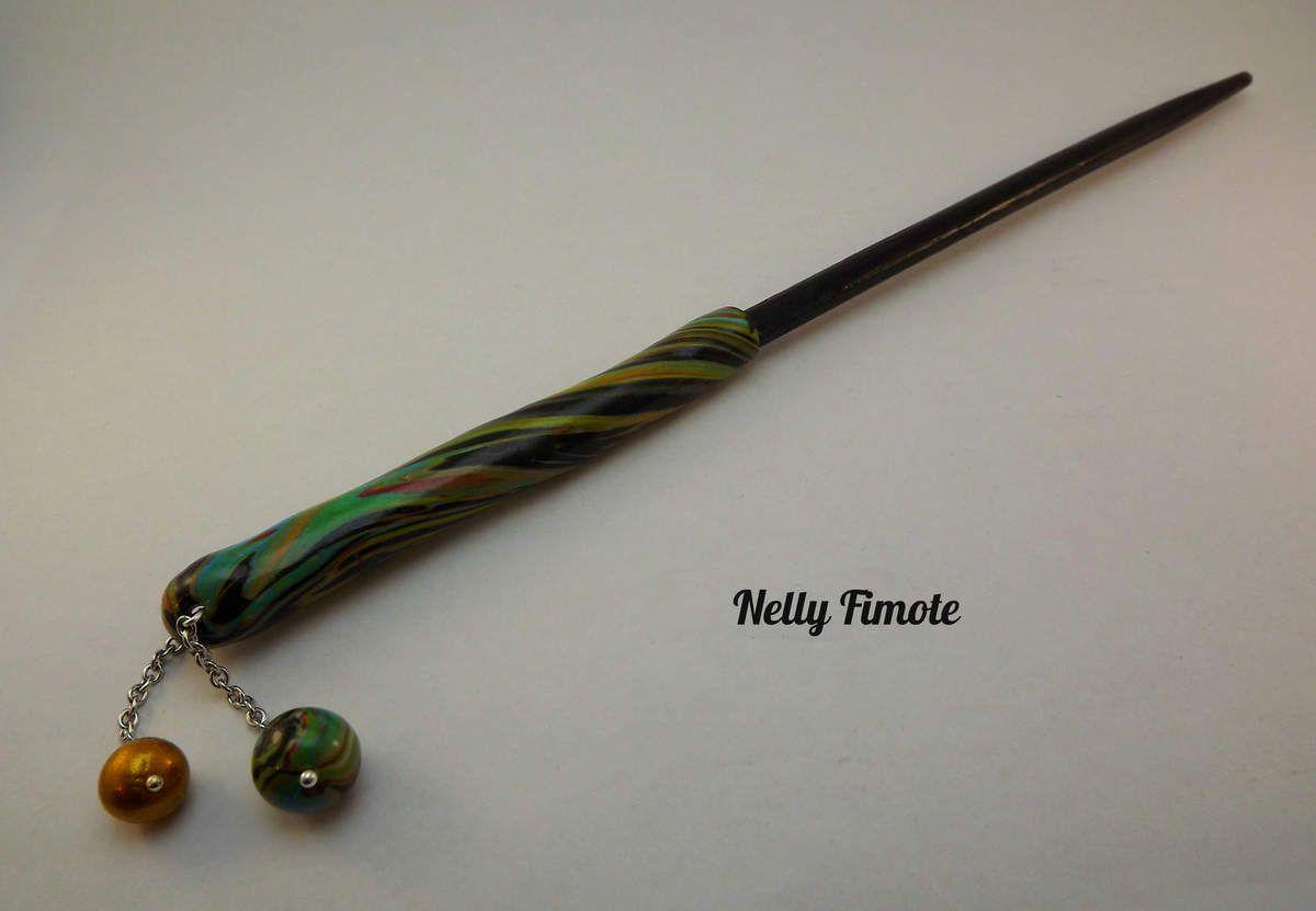 Nelly Fimote en multicolore