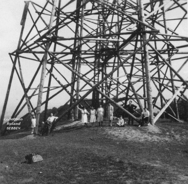 La tour EIFFEL en bois d'Algrange à la Bellevue