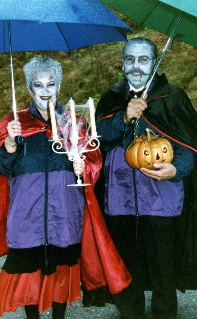 ALGRANGE: 1ère fête d'Halloween en 1998