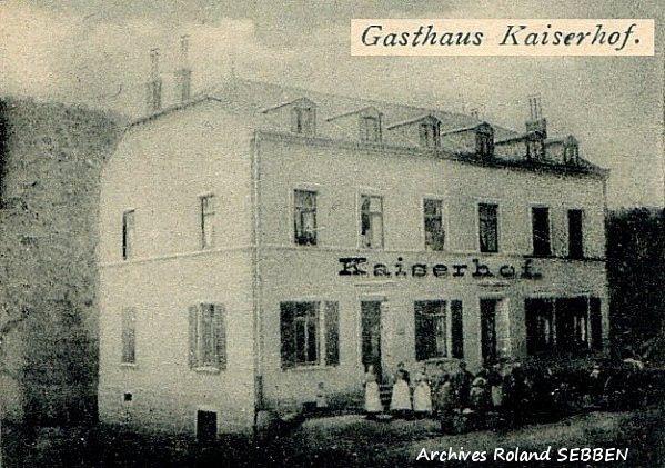 N° 1 rue Clemenceau à Algrange - Café - Habitation