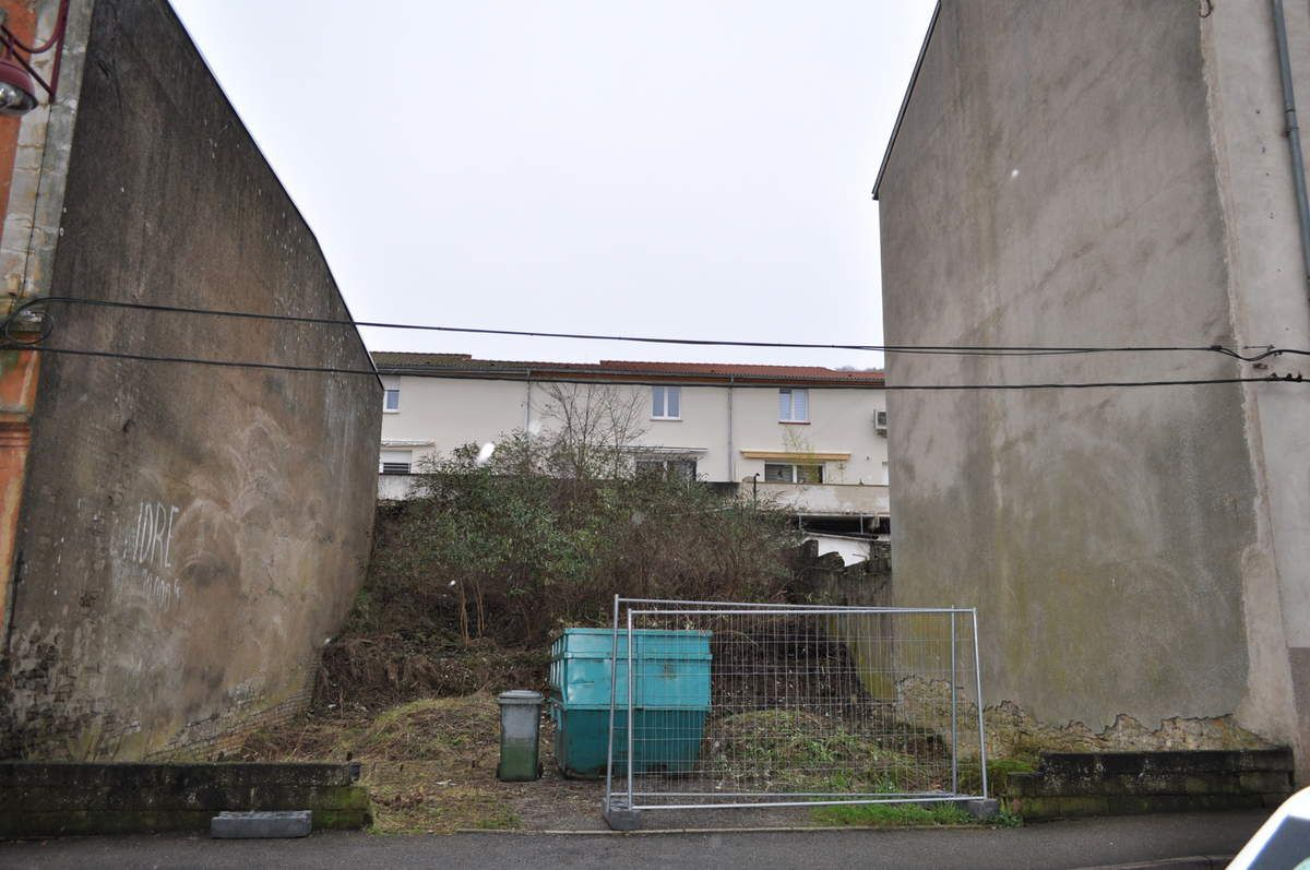 N° 8 rue Clemenceau à Algrange - Jardin - Espace vert