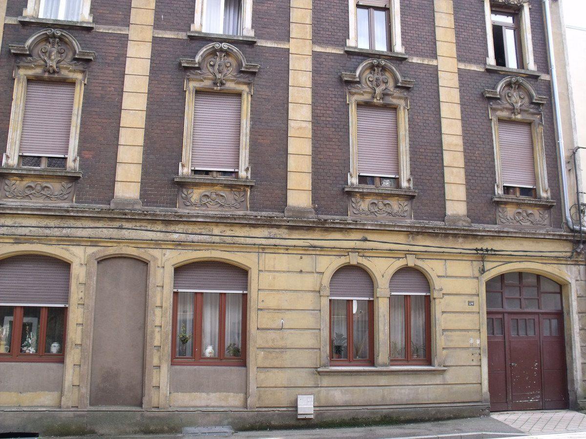 N° 24 rue Clemenceau à Algrange - Commerce? - Habitation