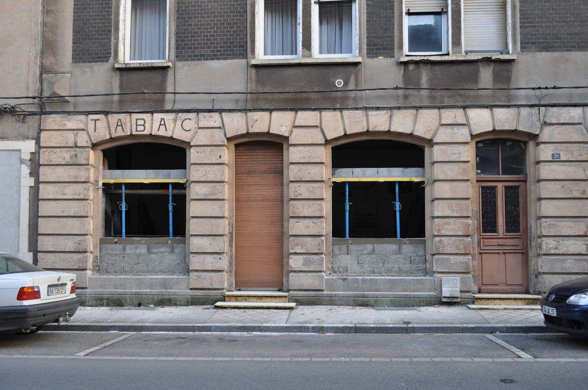 N° 26 rue Clemenceau à Algrange - Café - Débit de Tabac - Habitation