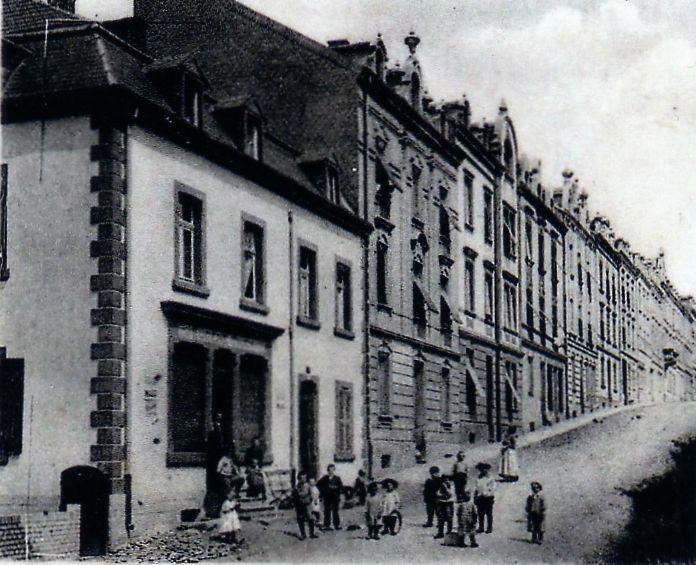 N° 41 rue Clemenceau à Algrange - Epicerie - Habitation