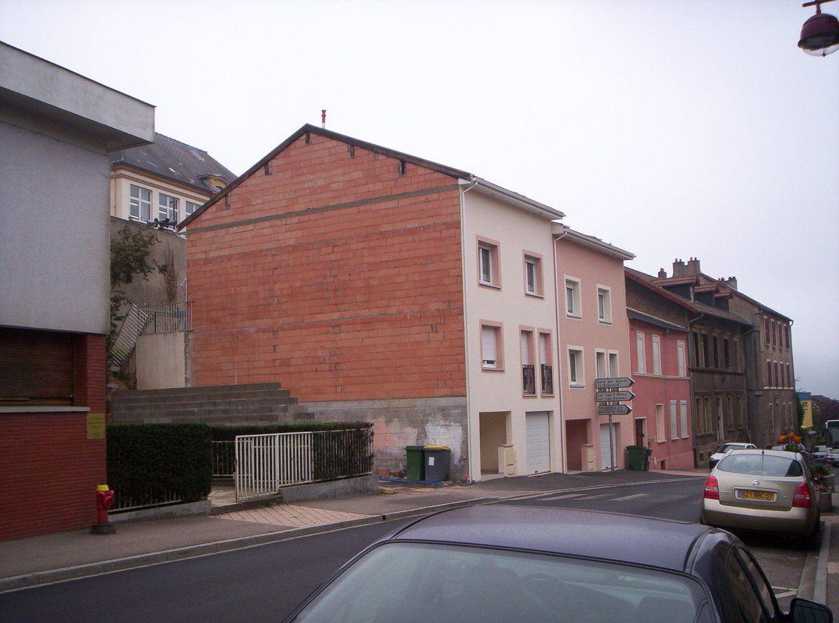N° 68 et n° 68 A-B-C rue Clemenceau à Algrange - Epicerie-Glaces - Luminaires - Habitation