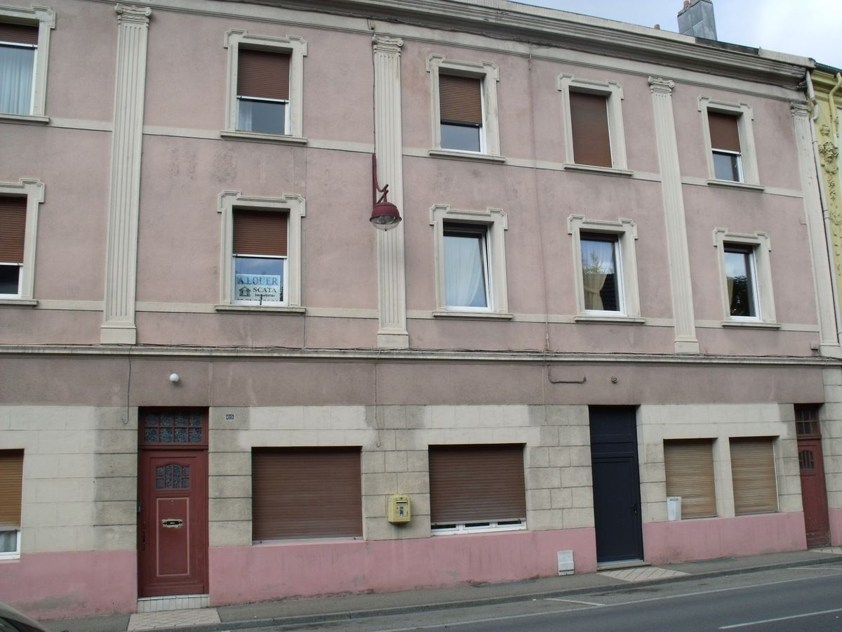 N° 69 rue Clemenceau à Algrange - Tailleur - Hôtel-restaurant - Habitation
