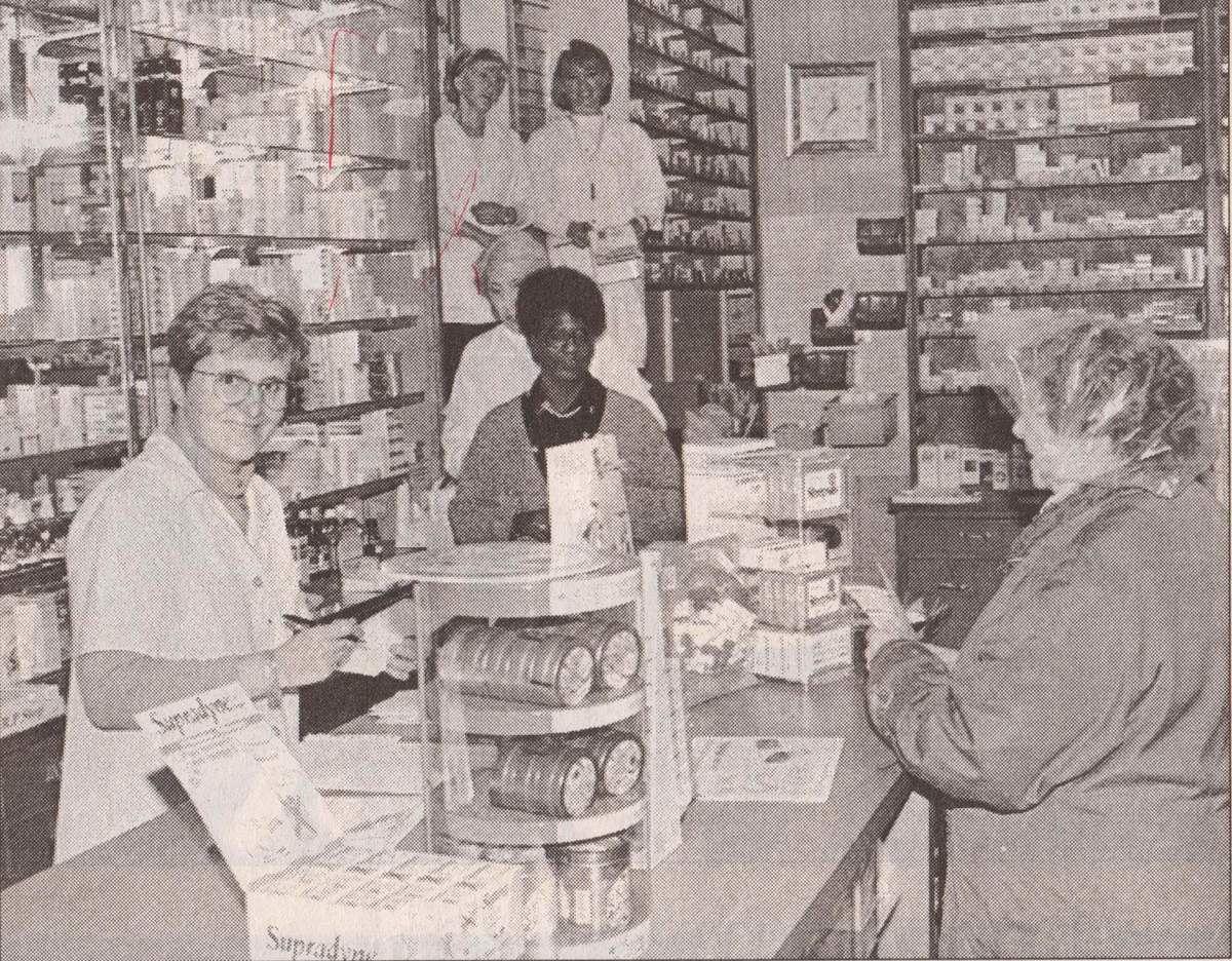 N° 78 rue Clemenceau à Algrange - Boucherie - Pharmacie