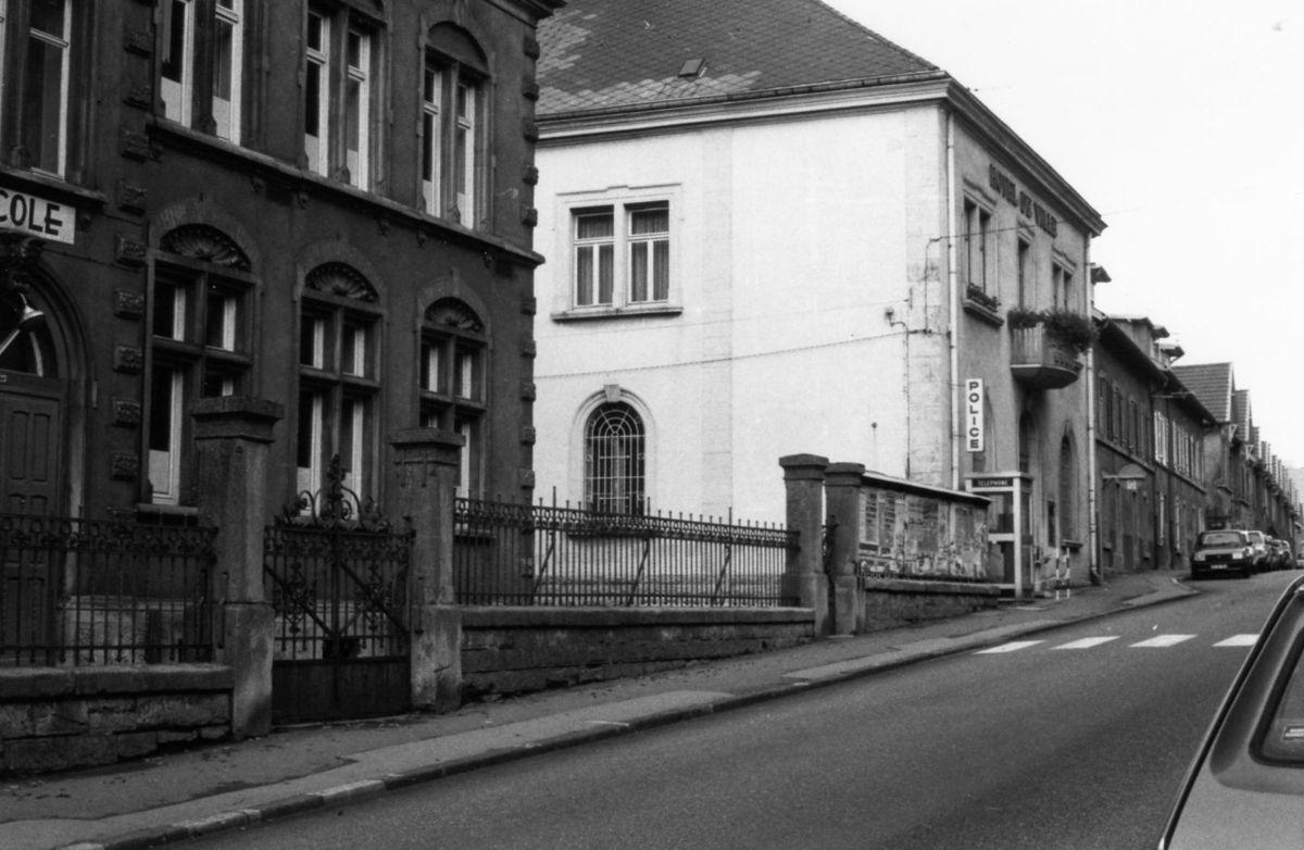 N° 23 rue Foch à Algrange - Ecole protestante ou de la mairie
