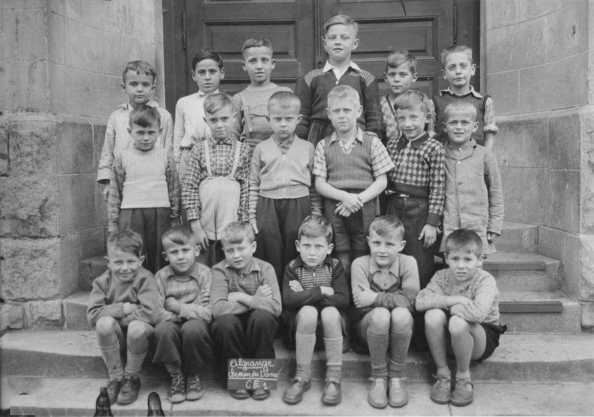 Année scolaire 1955-1956 classe de Cours Elémentaire 1ère année (garçons)