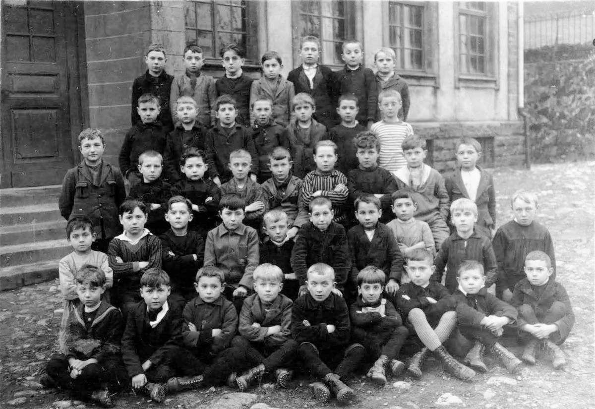 Année scolaire 1928-1929 classe de.......