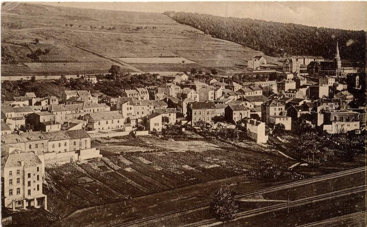En 1904, la rue de Lorraine n'a que ces premières maisons