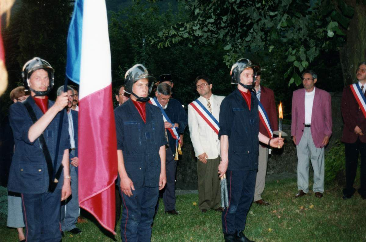 Nomination de la place François Mitterrand à Algrange le 13 juillet 1996