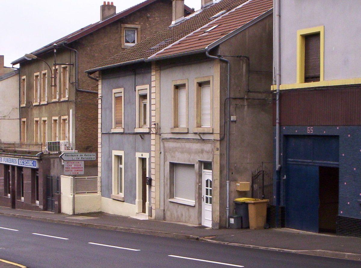 N° 63 et 69 rue Foch à Algrange - Salons de coiffure Jules LUBNAU - Habitations