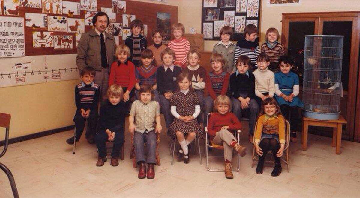 1977 - 1978 Cours Préparatoire avec M. PRAOUTINE